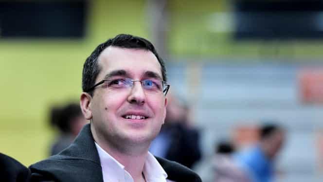 """Vlad Voiculescu candidează la Primăria Capitalei: """"Oraşul acesta este condus pe contrasens"""""""
