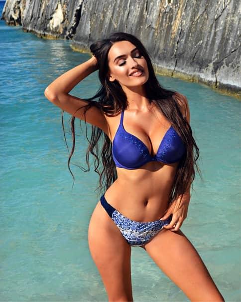 Viviana Sposub, de la Vorbește lumea, printre cele mai frumoase asistente TV. Galerie FOTO