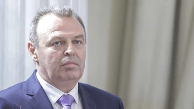 """Lucian Șova, ministrul Transporturilor, acuze dure pentru inaugurarea a 6,5 km din autostrada A3: """"Niște bufoni!"""""""