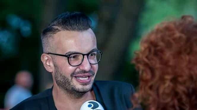 Ce au făcut părinții lui Răzvan Ciobanu la cimitir, la două săptămâni de la moartea acestuia. Gestul emoționant al mamei sale