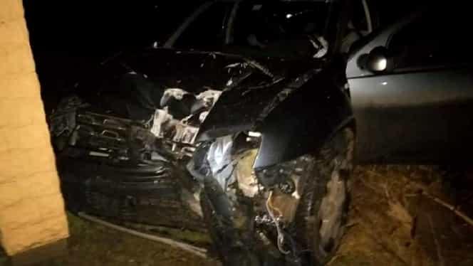 Accident spectaculos în Maramureș! Un edil a făcut praf o mașină a primăriei! Bărbatul a plecat liniștit acasă