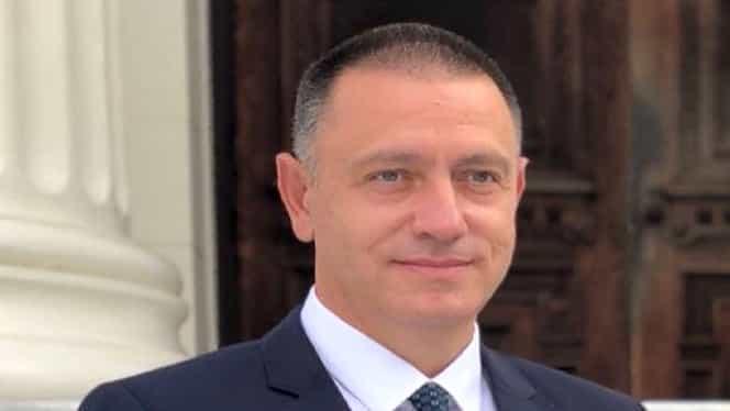 Fostul ministru de Interne, Mihai Fifor, figurează în dosarul permiselor de port-armă de la Caraș-Severin
