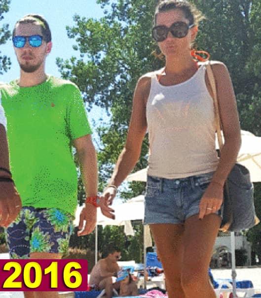 Cât de sexy era ELENA BĂSESCU în 2016, la mare! Cum a apărut în weekend, pe o plajă din Mamaia, în exact aceiaşi bikini roz. Dar să vezi cum îi vin ACUM