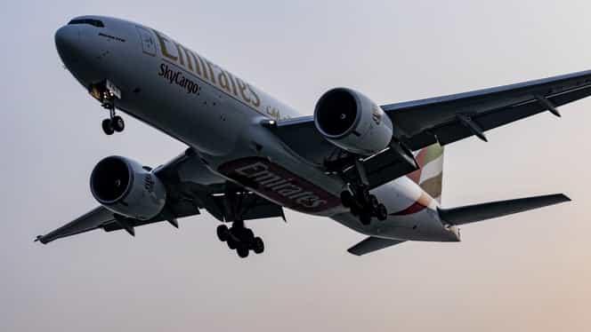 Emirates, decizie fermă în lupta împotriva coronavirusului! Suspendă toate zborurile de pasageri până la 25 martie