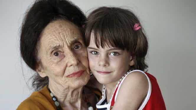 Cum arată acum Eliza, fiica Adrianei Iliescu. Fosta profesoară își întreține fata dintr-o pensie modestă FOTO
