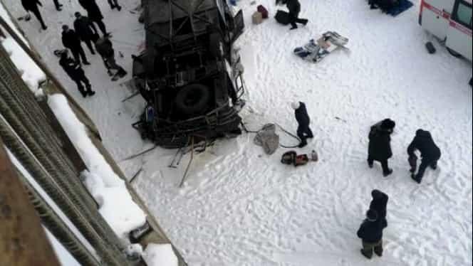 Accident foarte grav în Rusia! 19 morți și 22 răniți, după răsturnarea unui autocar de pe un pod din Siberia! UPDATE