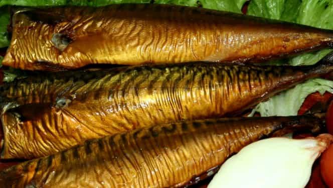 I-am intoxicat și pe bulgari. Pește contaminat produs în România a ajuns pe farfuriile vecinilor