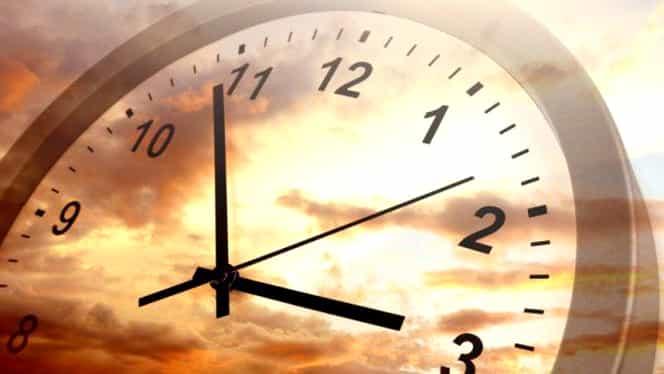 Când trecem la ora de vară în 2019. Care este data exactă când vom schimba ceasurile!
