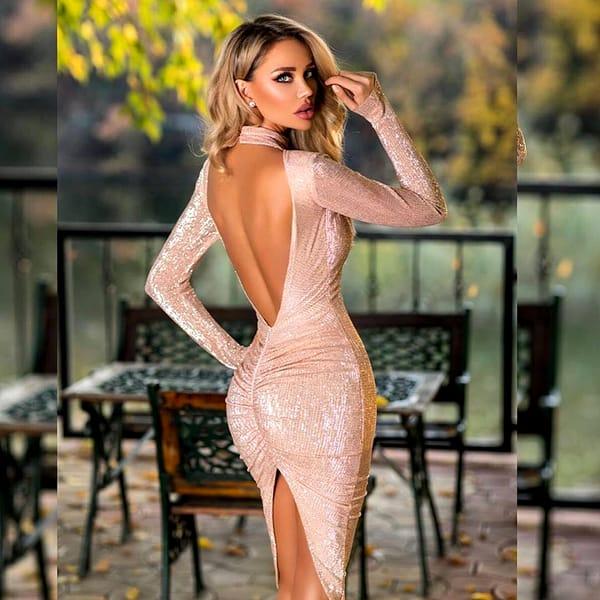 Iubitul a dus-o pe Bianca Drăgușanu în Dubai! Cum a pozat acolo focoasa blondă FOTO