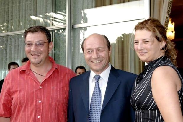 Cum a ajuns să arate Ioana Băsescu, după ce s-a retras din viața publică! E de nerecunoscut