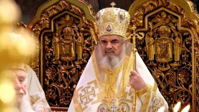 Cozi uriașe la Catedrala Patriarhală de Bobotează. Ce este, de fapt, aghiasma pentru care românii fac noaptea albă