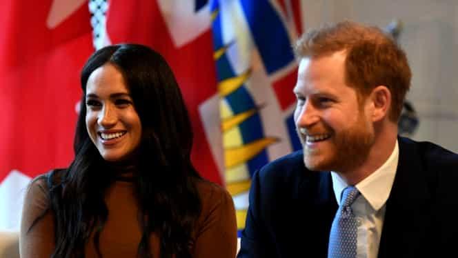 """OFICIAL! Prinţul Harry şi soţia sa Meghan renunţă la titlurile de """"Alteţe Regale"""". Nu vor mai primi fonduri publice"""