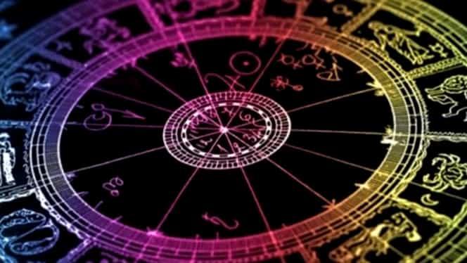 Horoscop 23 decembrie. Una dintre zodii trebuie să fie mai discretă