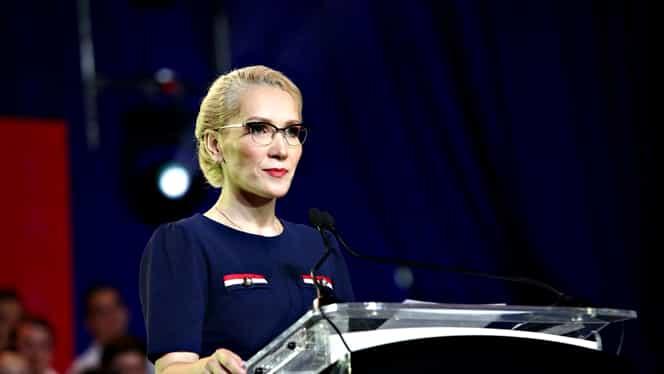 Ramona Ioana Bruynseels, candidatul partidului lui Dan Voiculescu, în conflict cu acesta. Îl acuză de șantaj și de faptul că i-a furat banii