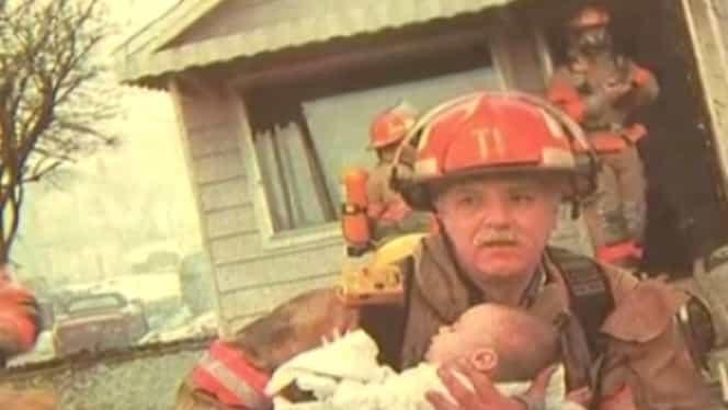 Acest pompier a salvat din flăcări un bebeluş. După 17 ani, lucrurile au luat o turnură neaşteptată
