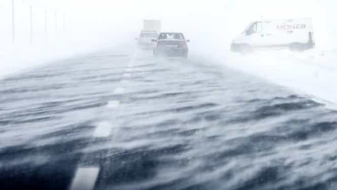 Vine urgia! Meteorologii au emis o avertizare cod portocaliu de ninsori viscolite! Vântul va bate cu 140 de km/h!