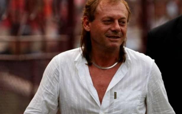 """Pe când trăia, antrenorul a povestit pe larg întâmplarea înjositoare prin care a trecut. """"În '84, când ne pregăteam să plecăm în Grecia, pentru meciul din UEFA cu Olympiakos, mi-au zis pe aeroport că nu am viză."""