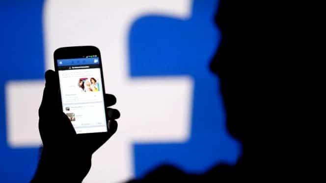 Facebook vrea să aibă acces la pozele tale intime! Ce se va întâmpla după aceea