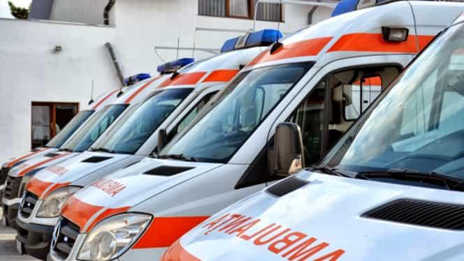 Protest la Ambulanţă! Oamenii spun că salariile lor vor scădea