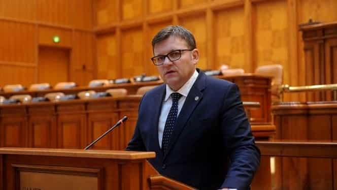 """Ministrul Muncii, Marius Budăi: """"Liberalii ar putea tăia pensiile și salariile dacă vin la guvernare"""""""