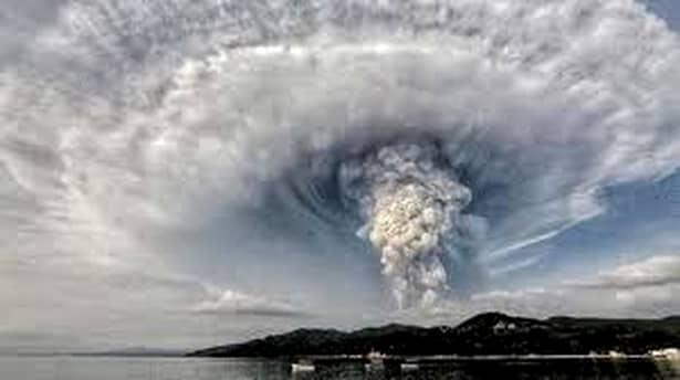 Imagini rare după erupția vulcanului Taal, din Filipine. 6.000 de oameni au murit
