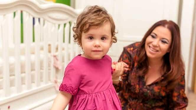 """Oana Roman, cu fetița la spital de Sărbători: """"Isa a făcut febră 40 și nu a cedat la niciun medicament"""""""