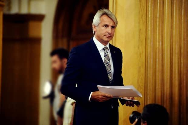 Concedieri în masă în rândul bugetarilor! Anunțul făcut de Eugen Teodorovici