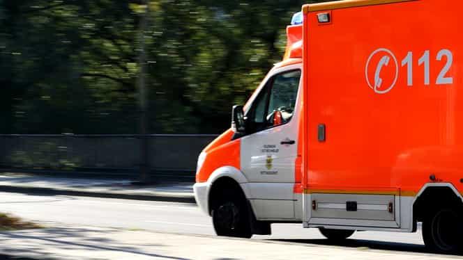 Ambulanța a fost solicitată de peste 1.000 de persoane, în prima zi de Crăciun. Au fost și 12 tentative de suicid