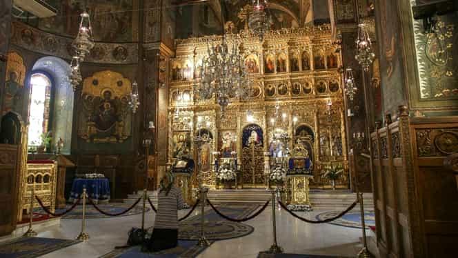 Restricție la slujbele din România: maximum 100 de participanți. Decizia luată de Sfântul Sinod