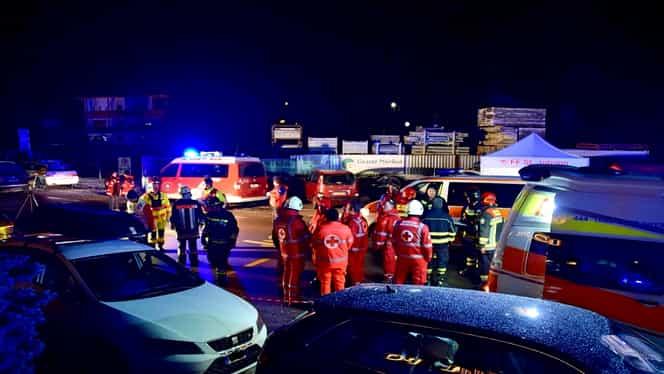 Tragedie în Italia. O mașină a intrat într-un grup de turiști. 6 persoane au murit