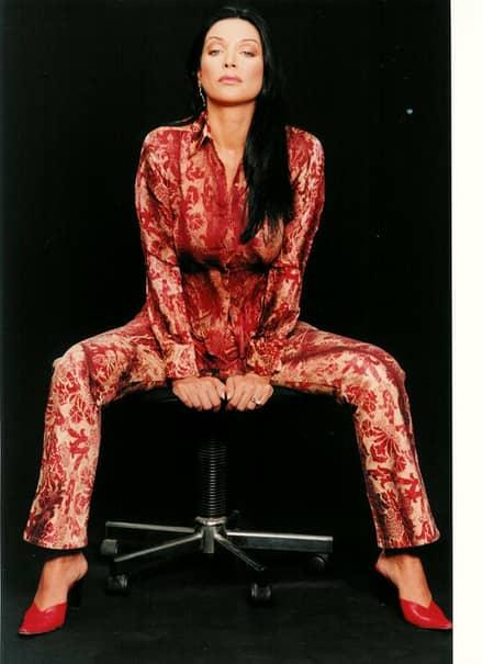Actriţa este recunoscută pentru scenele de sex pe care le-a filmat în 2003, pentru filmul