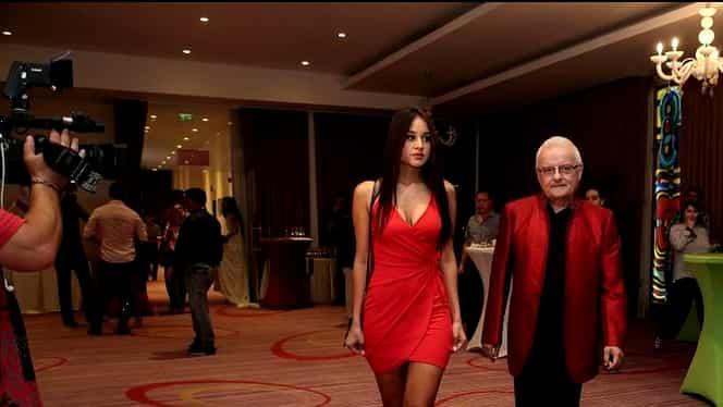 Oana Cojocaru, probleme cu rochia mult prea scurtă! Ce au văzut cei aflați la eveniment!