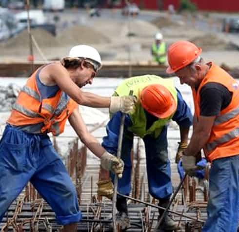 Peste 61 de mii de locuri de muncă vacante! Angajatorii dau faliment din lipsă de personal!