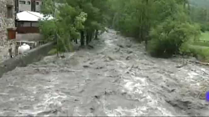 Cod galben de inundații! Avertizarea, valabilă pentru 8 bazine hidrografice UPDATE: Pericolul de inundații a crescut, iar hidrologii au ridicat avertizarea la una de tip cod portocaliu