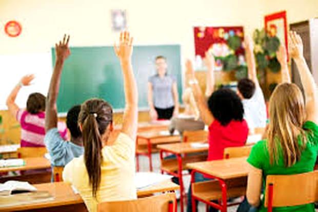 Școala nu va mai începe la ora 8!? Schimbări și la BAC! Anunțul ministrului Ecaterina Andronescu