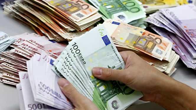 Un nou minim istoric pentru leu. Euro cotat la 4,4894