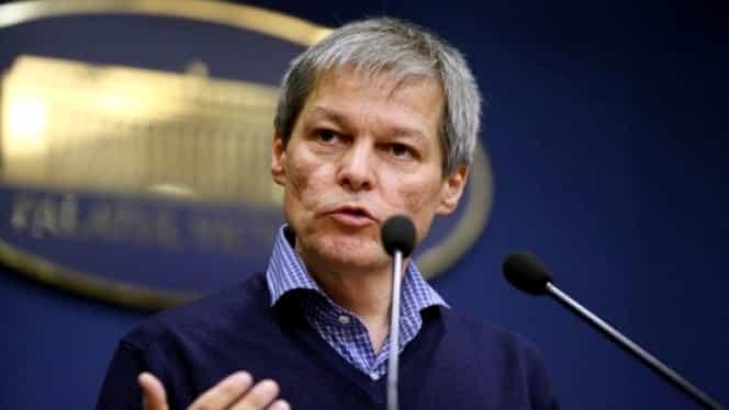 Dacian Cioloș, atac dur la adresa Guvernului, în scandalul suspendării Pilonului II de pensii
