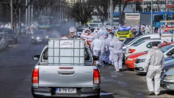 """Acțiuni spectaculoase de dezinfectare a străzilor și clădirilor din sectoarele 4 și 2, ultimul fiind """"campionul"""" infectărilor cu coronavirus Covid-19. FOTO + VIDEO"""