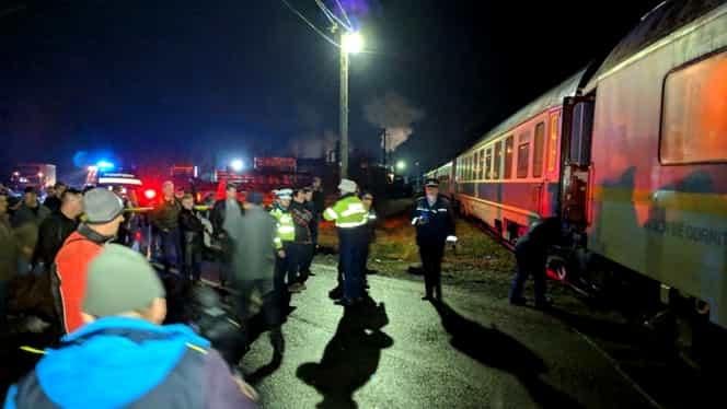 FOTO și VIDEO Tren deraiat și trafic feroviar blocat, vineri, 8 Martie! Garnitura Inter Regio circula pe ruta Sighetu Marmației – București