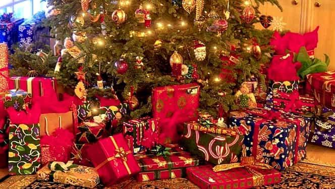 Câţi bani sunt dispuşi românii să scoată din buzunar pentru cadourile de Crăciun!