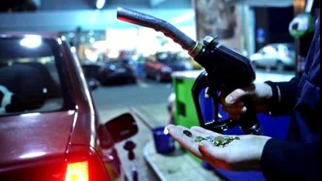 Prețul carburanților va scădea. Supraacciza va fi eliminată