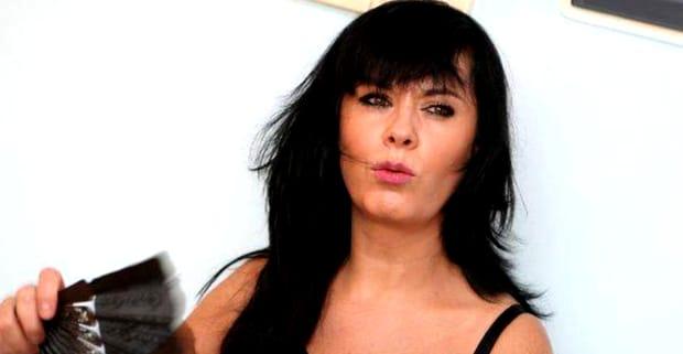 Mariana Moculescu a rămas pe drumuri, după ce s-a întors în țară. Fosta soție a celebrului compozitor Horia Moculescu a șăsat scandalurile din țară și a plecat în Italia, unde a dat de alte belele