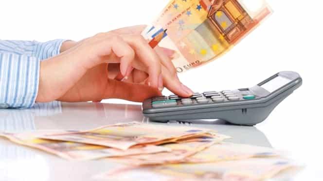 CURS BNR. Euro şi francul elveţian, în CREŞTERE. Dolarul se menţine
