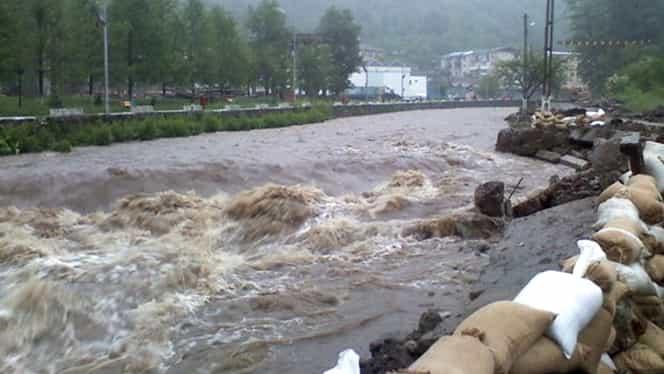 Cod galben de inundații în opt județe din țară! Harta zonelor afectate