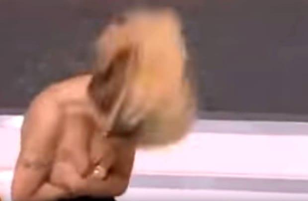 GAFA MONDIALĂ a Oanei Zăvoranu la TV! Cea mai ruşinoasă din viaţa ei! A făcut intenţionat şi s-a văzut TOT! Telespectatorii au rămas şocaţi! Era totul live! FOTO