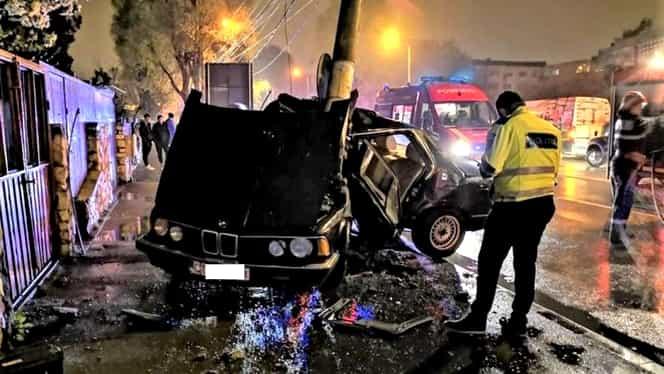 Un bărbat fără permis a murit după ce a făcut accident în Constanța. A intrat cu mașina în alte 6 autoturisme parcate