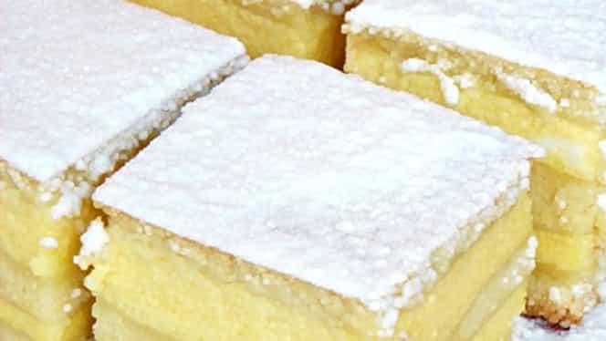 Prăjitură cu griș, lămâie și iaurt. O rețetă ușor de făcut și un rezultat delicios