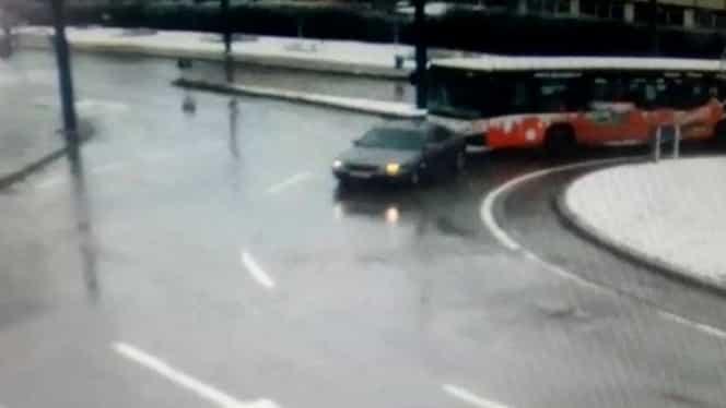 Bătaie în trafic, varianta Vaslui! Șofer de autobuz, pumni și picioare cu posesorul unui Jaguar