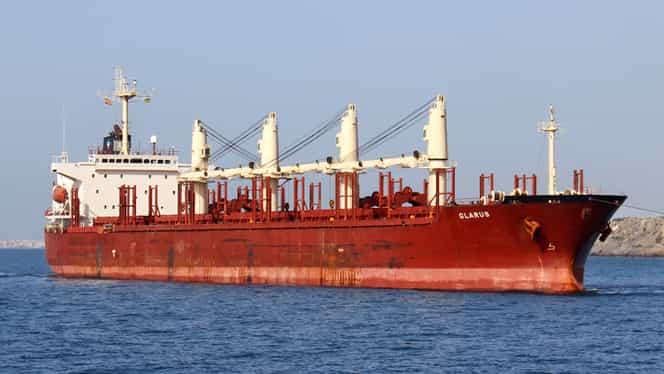 Românul răpit de pirații nigerieni era șeful mecanic al navei!
