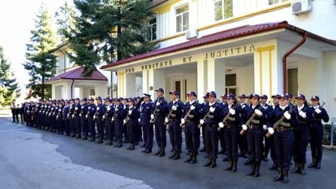 """Admitere școli de Poliție 2020. """"Vasile Lascăr"""" din Câmpina, cea mai căutată. Calendarul complet al probelor + când se afișează rezultatele"""